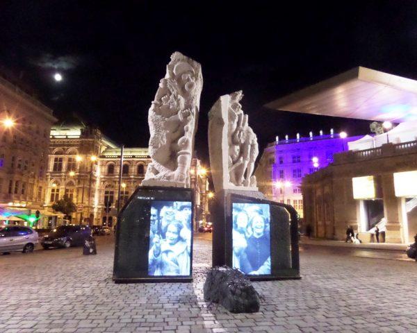 Mahnmal gegen Krieg und Faschismus (The Gates of Violence Monument)