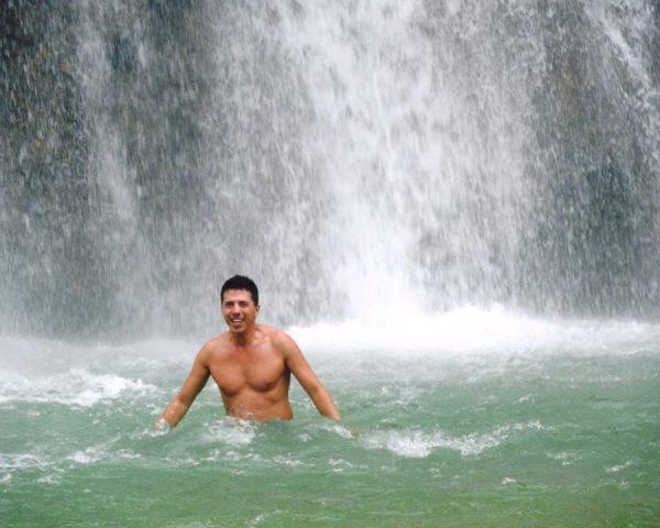 Dad swimming at Can-Umantad