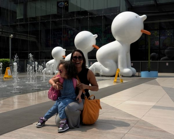 Mom Nerissa with Lara outside the Siam Paragon