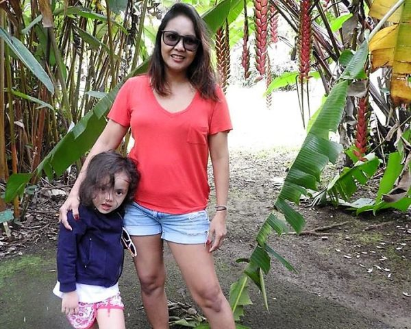 Lara and Mom at Hoomaluhia Botanical Garden.