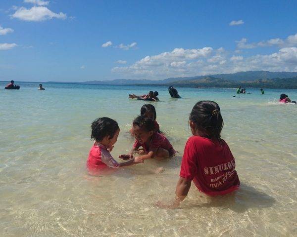 Lara at Lara Beach Bohol with her friends