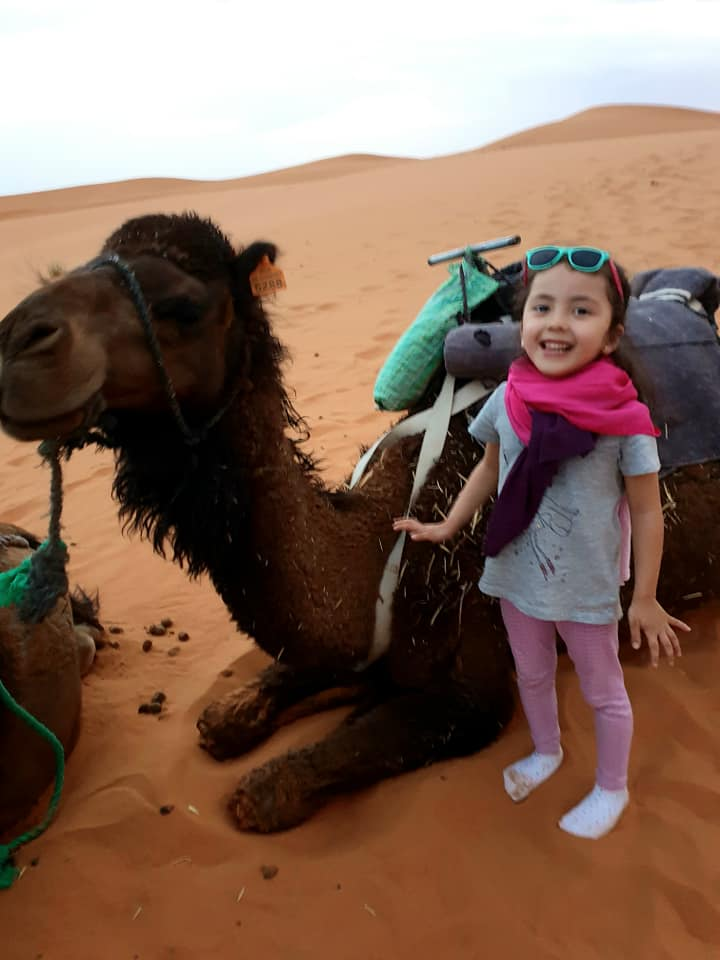LaraTheExplorer and her friend the camel